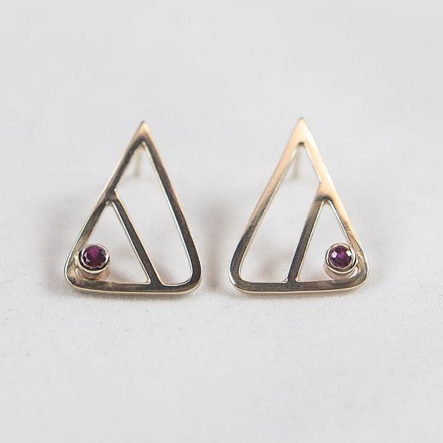 Something new // ruby + 14k earrings #emilytriplettjewelry #modernjewelry #goldearrings