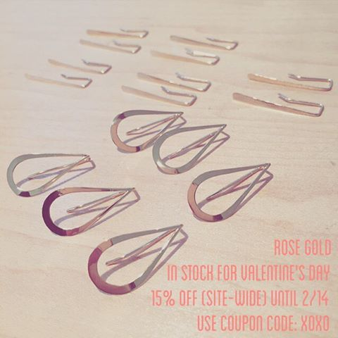 15% off sale now until 2/14 ? I have some cute little rose gold pieces stocked for vday, too. Roses, rosé, and rose gold for the win, Valentines! #emilytriplettjewelry #14krosegold #modernjewelry #sale #metalsmith
